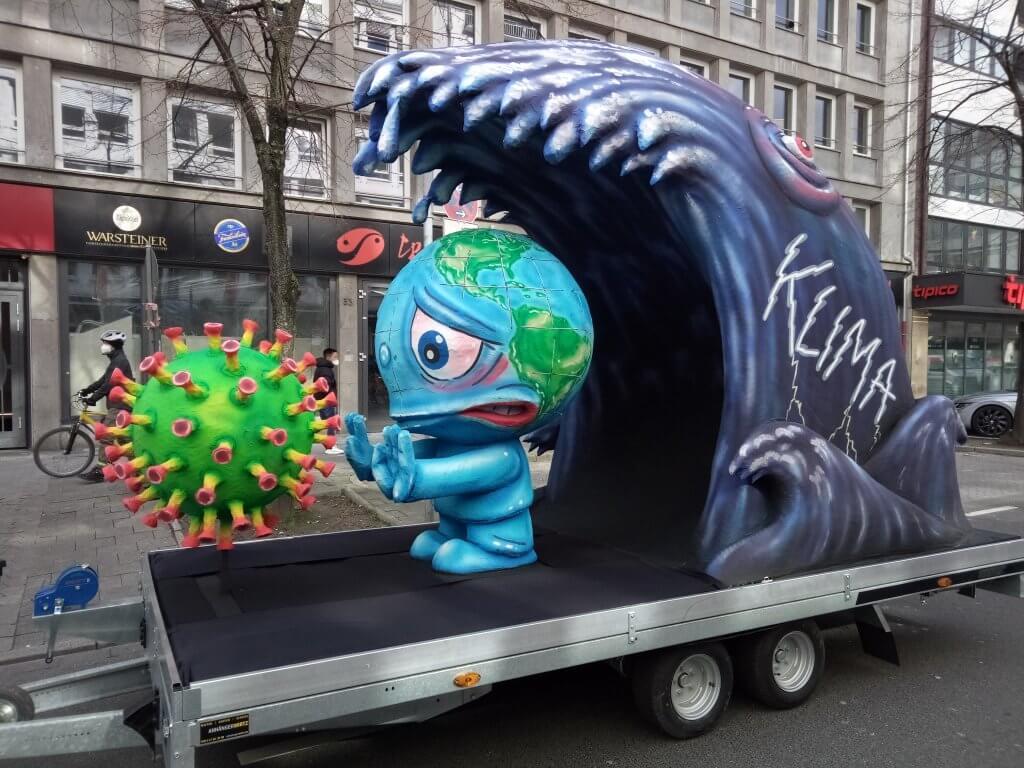 Mottowagen: Erde zwischen Coronakrise und Klimakatastrophe