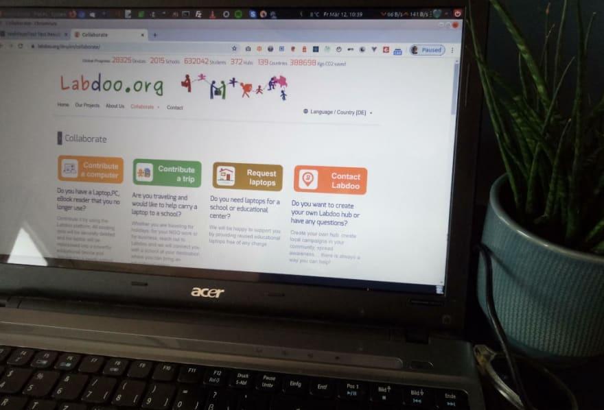 Labdoo.org.Website auf einem alten Laptop